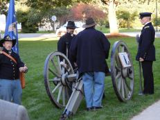 Civil War re-enactor presentation during a pre-performance event on the university mall