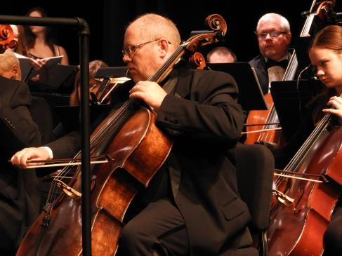 Robert Lynn, principal cellist for MSO